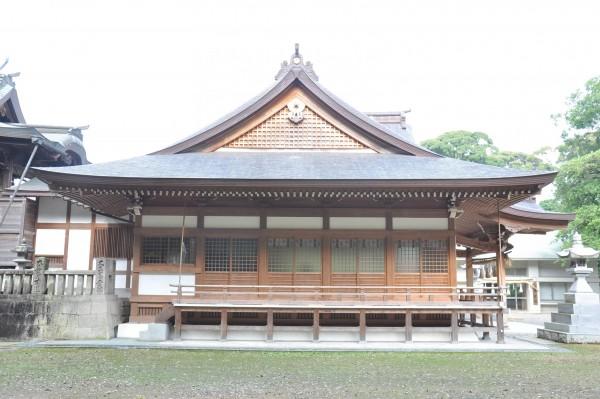 菅生神社拝殿 妻面