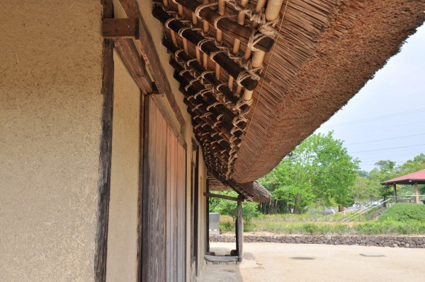 旧恵利家住宅 軒先,軒裏 (1)
