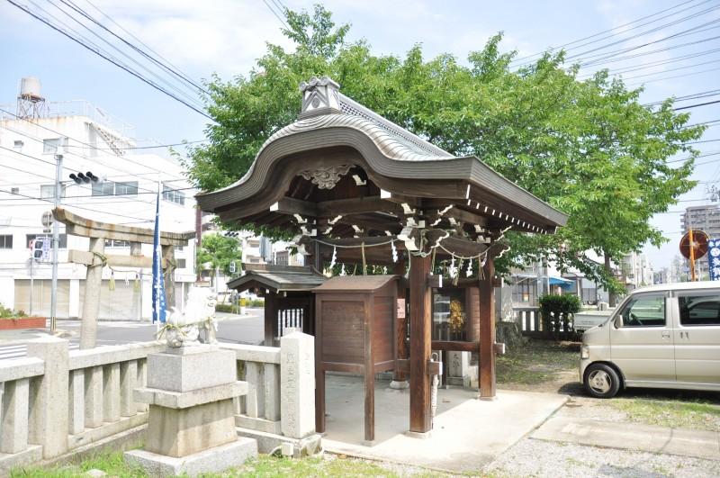 多賀神社山門メイン