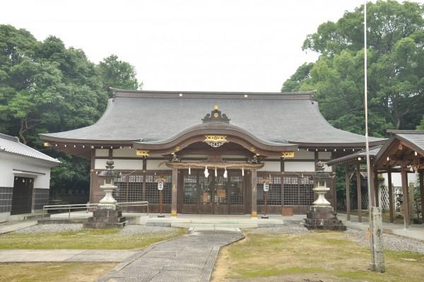 日枝神社拝殿メイン