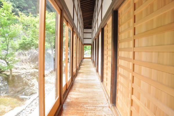 7本楽寺客殿廻廊